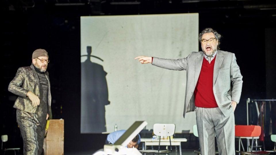 Schauspiel Hannover, Ilja Trojanow: Moc a vzdor, režie Dušan David Pařízek