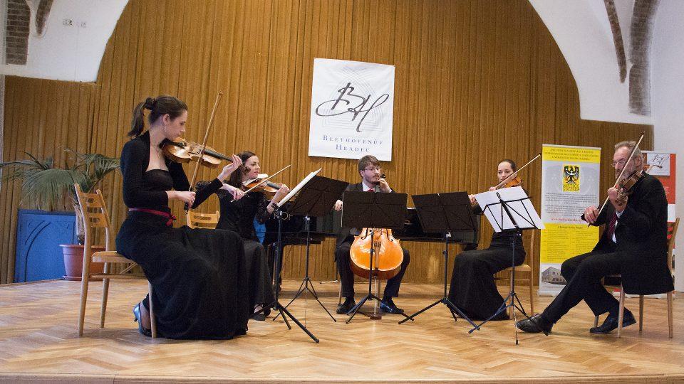 Koncert laureátů Mezinárodní interpretační soutěže Beethovenův Hradec